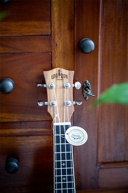 ukulele-07