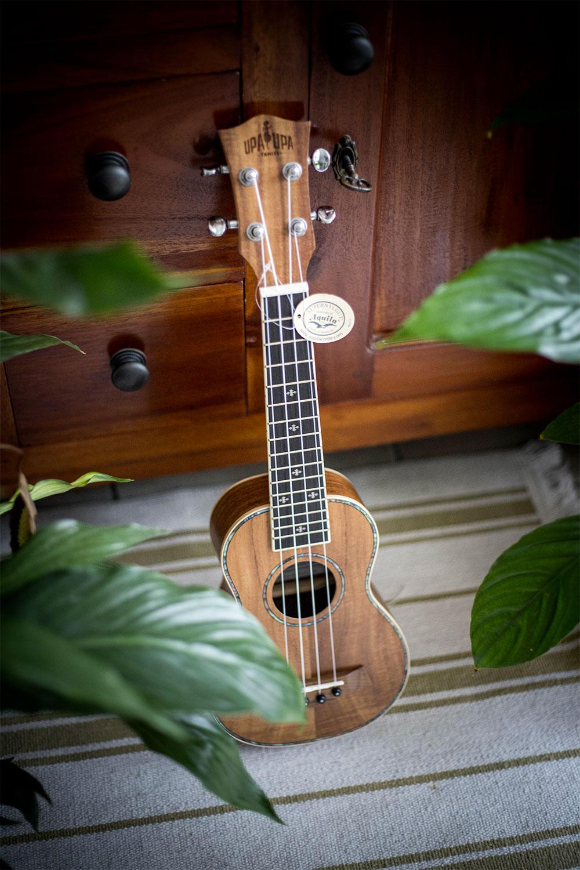 ukulele-fakarava-01